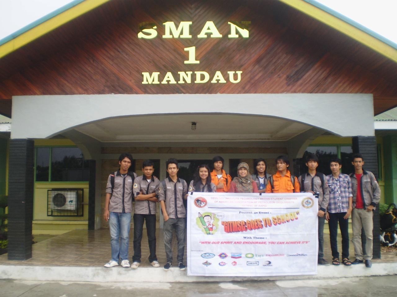 "GITMSC and HMTG ""Toba"" ITM Goes to School in Mandau, Riau Province"